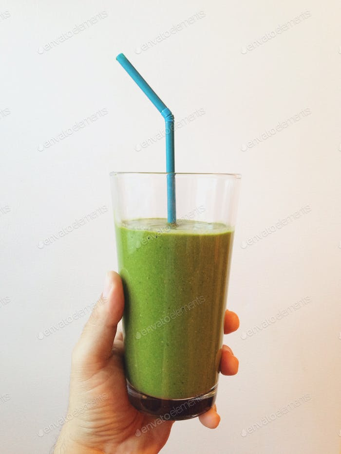 Green smoothie in the morning