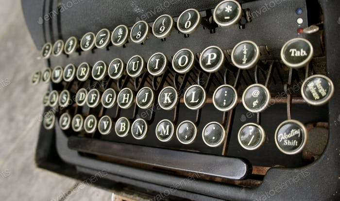 antique typewriter Underwood