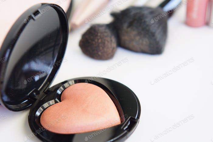 Heart blush compact makeup 💄