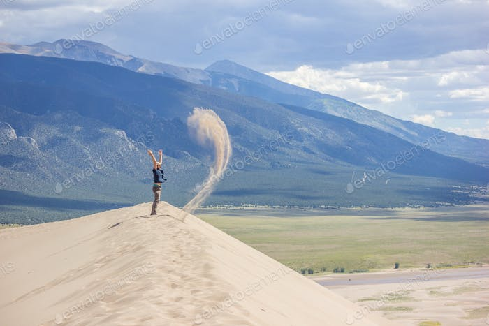 Earthbending on the sand dunes