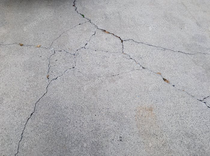 Crack in cement driveway