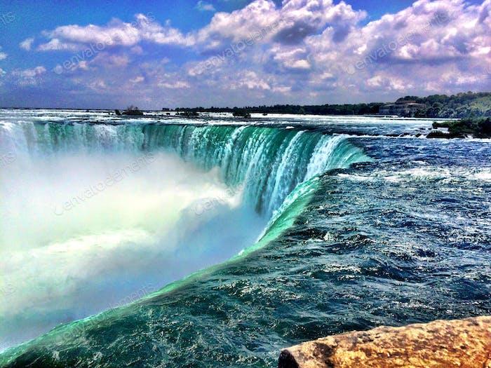 Niagara mid summer