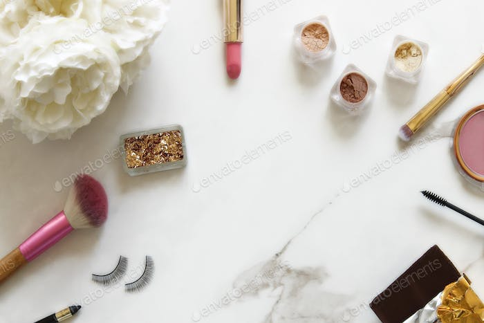 Elegant and chic make up counter