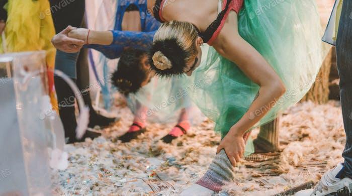 Rehearsal backstage flexibility dancer