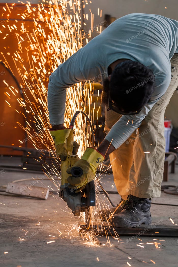 Schweißen, Industriekonzept gelb, Teile, heiß, Stahl, Feuer, Mann, im Innenbereich, Gefahr, Arbeiter, Industria