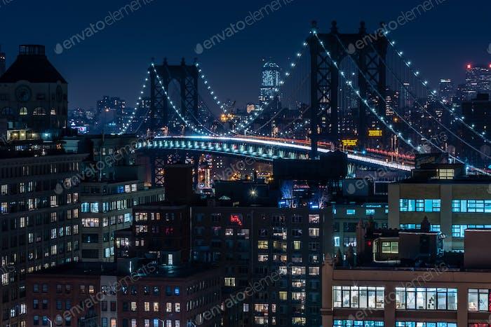 Puente de Manhattan que conecta el Bajo Manhattan y Brooklyn.