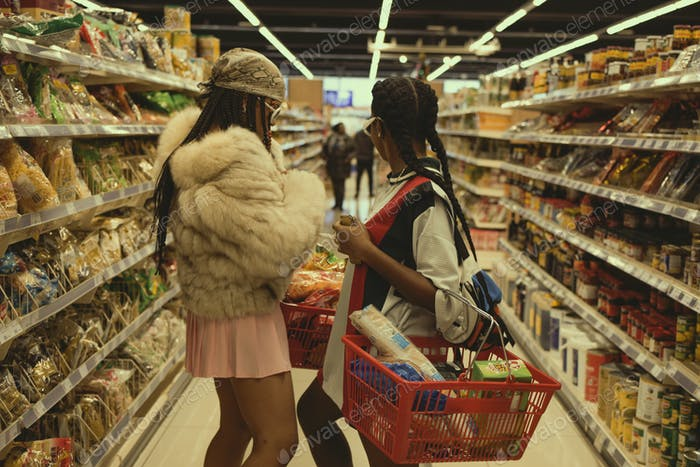 "Groceries shopping ✨ . ""Gotta just be who you are even if that shit feels weird."" - SZA . Creative d"