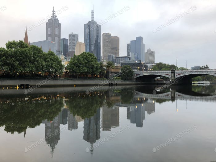 Melbourne along the Yarra