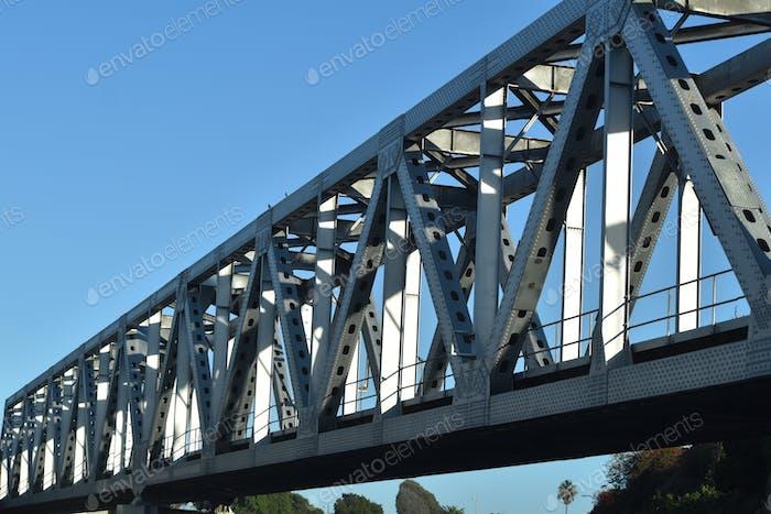 Bridge over freeway in Ventura California