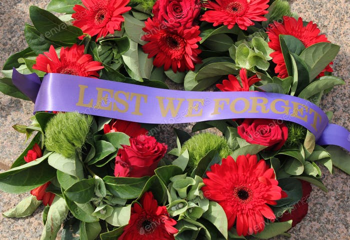 Lest We Forget - a wreath at the Australian War Memorial