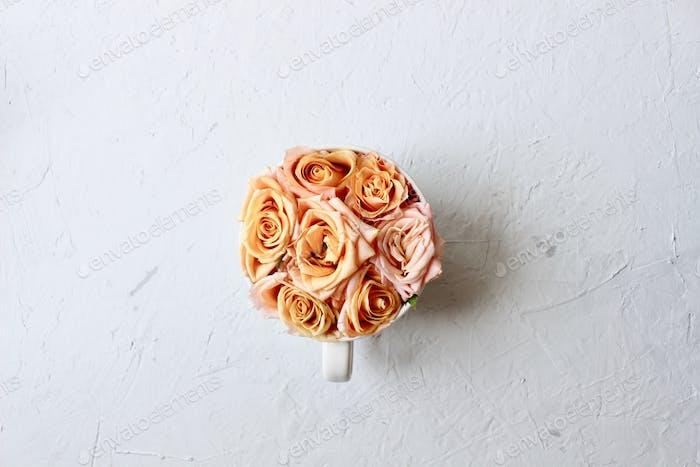 Flowers. Minimalistic.
