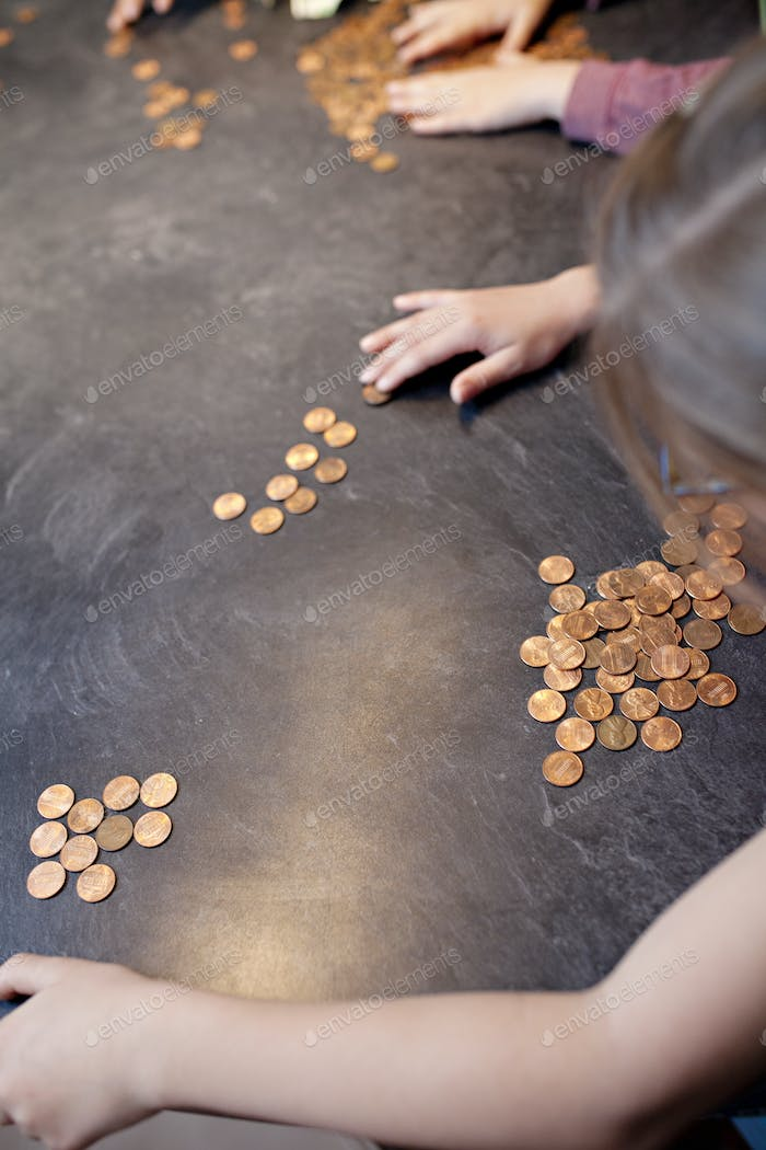 financial planning for kids, kids counting their money