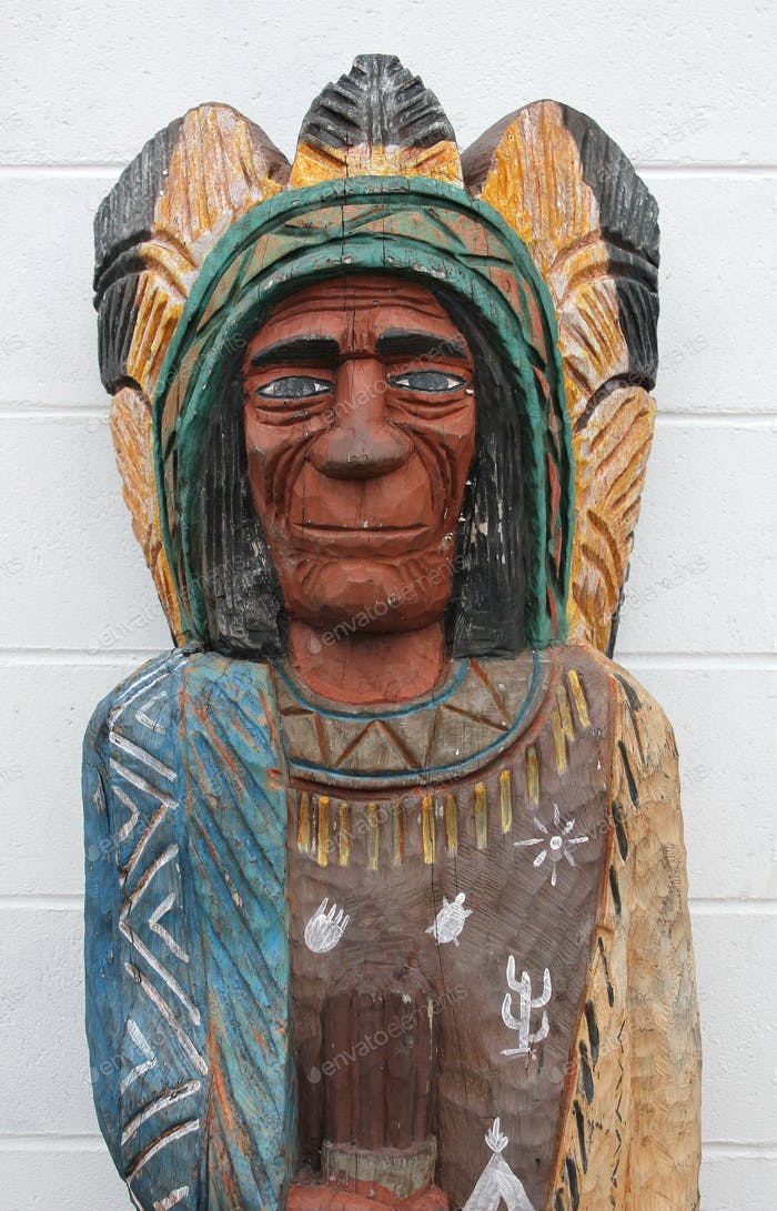 Engraved wooden statue of an American Indian chief