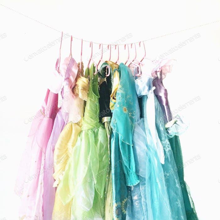 Dress up Disney princess dresses