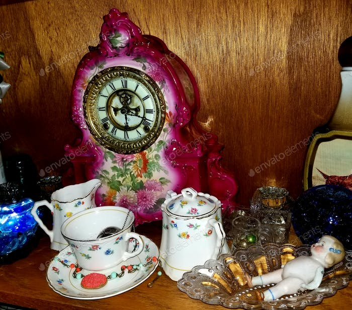 Antiques and Collectables!