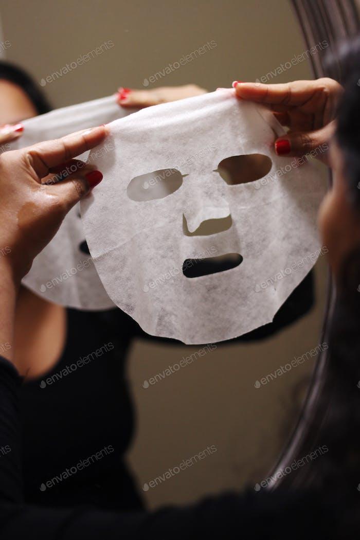 Máscara de lámina facial