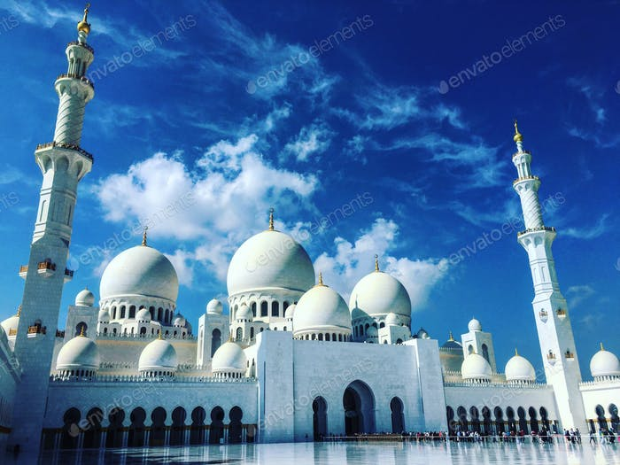 Grand Mosque Abu Dhabi UAE