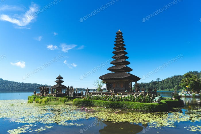 Amazing floating temple in Bali, Indonesia
