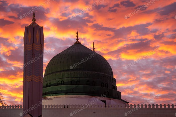 Green Dome - Prophet Mohammed Mosque , Al Masjid an Nabawi - Medina / Saudi Arabia