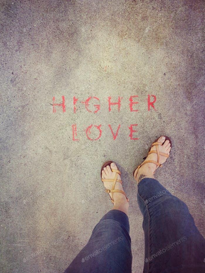 Escribir en una acera en Hollywood «Higher Love»