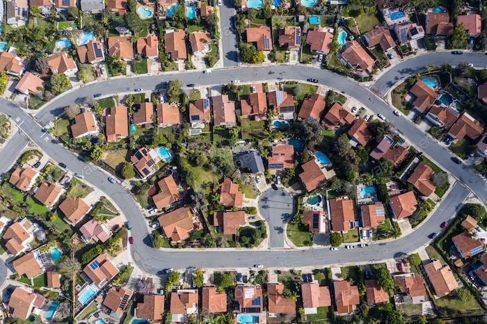 Пригородный район Южной Калифорнии сверху.