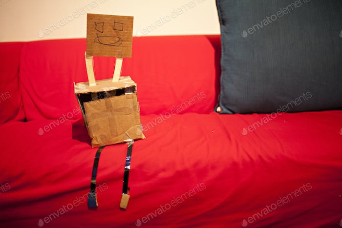 arts and crafts robot creation
