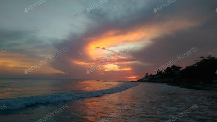 Sunset Treasure Beach Jamaica