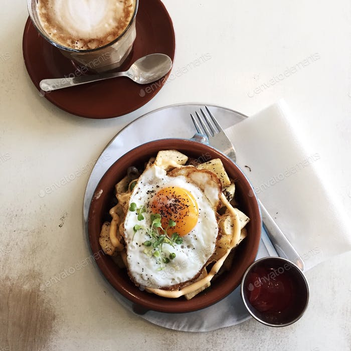 Brisket hash and fried egg