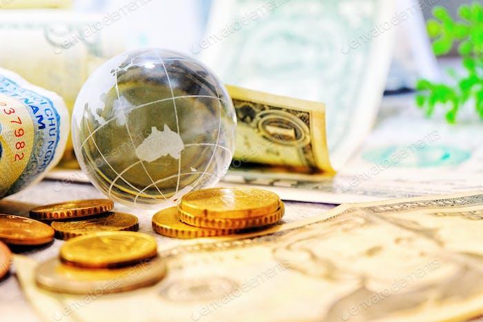 globo critico y economía