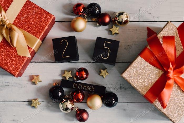 Kalender flach legen - 25. Dezember