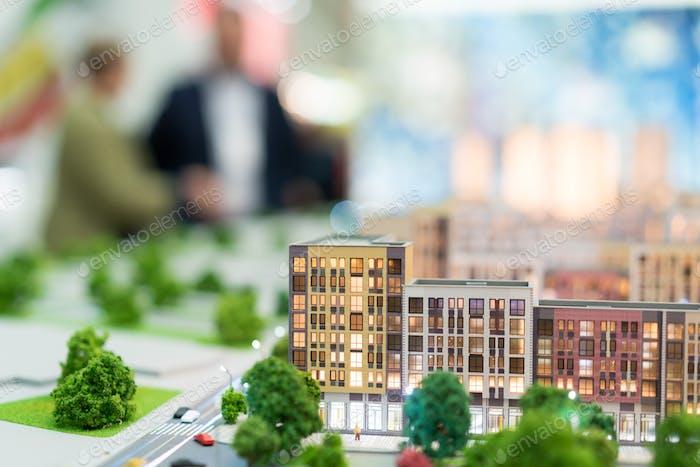Miniaturgebäude, Immobilien