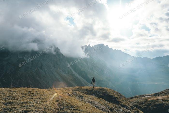 Der Alp Wanderer.