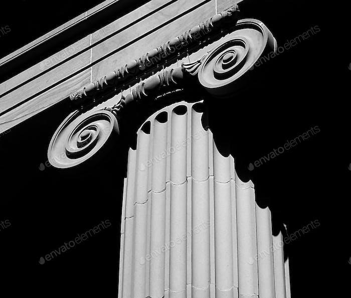 Grecian column architecture