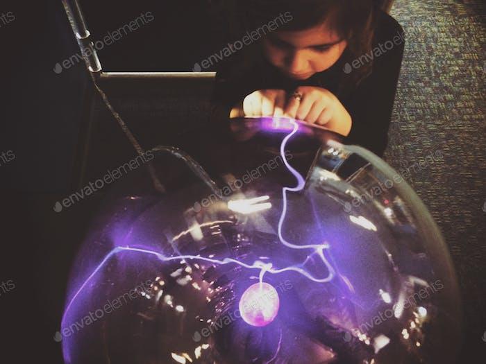 Lernen über Elektrizität; Aufhellung