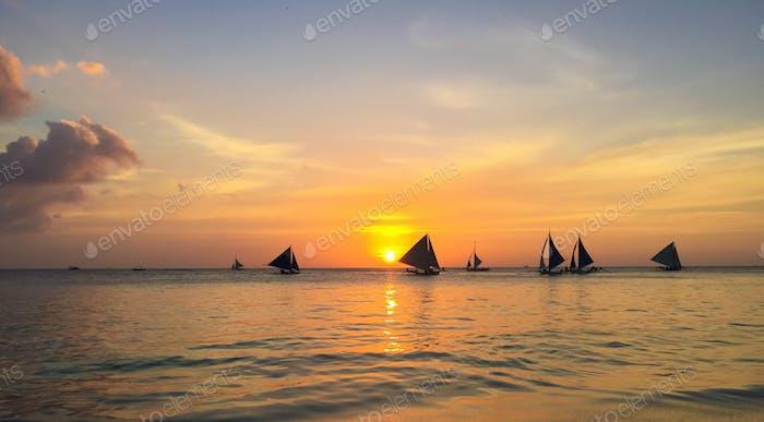 Sonnenuntergang im Weißen Strand, Boracay - Februar 2015
