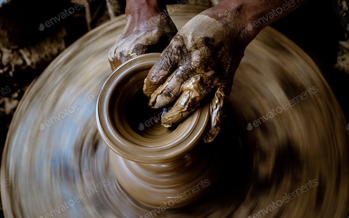Maling clay pottery handicraft