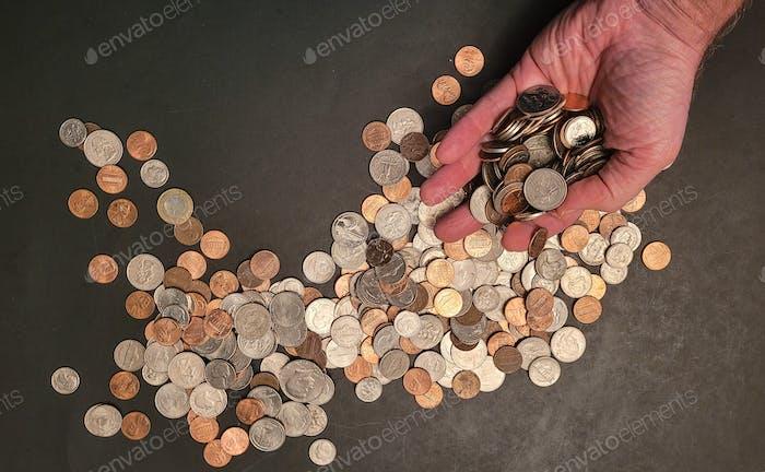 Banco, semanas de conteo de manos cambian de las transacciones de dinero.