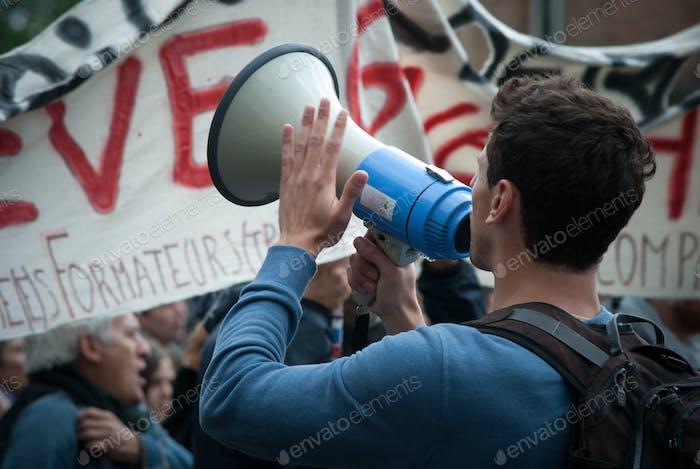 Huelga y protestas
