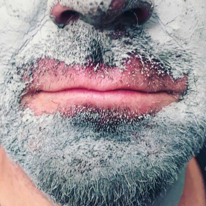 Грязь на бороде
