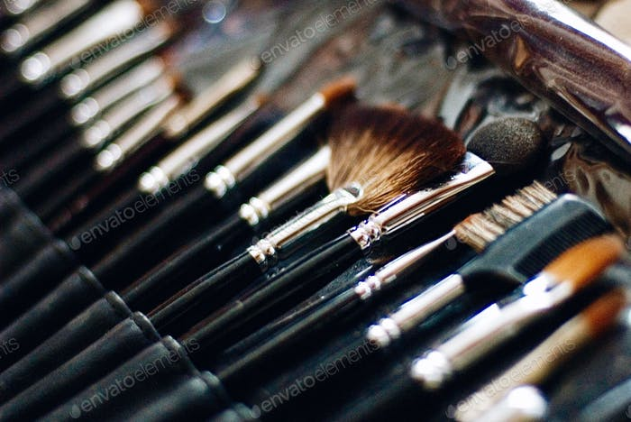 cosmetics make-up artist visage hairstyle