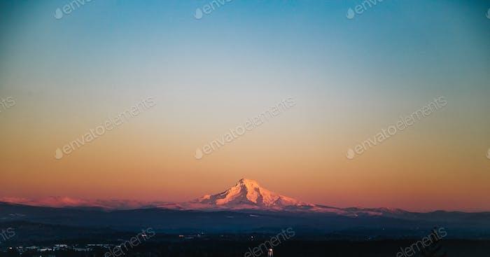 Mt. Kapuze bei Sonnenuntergang