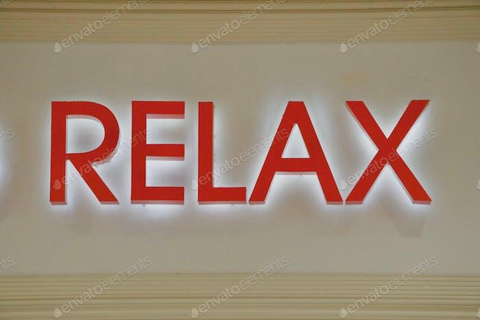 RELAX: Wort entspannt