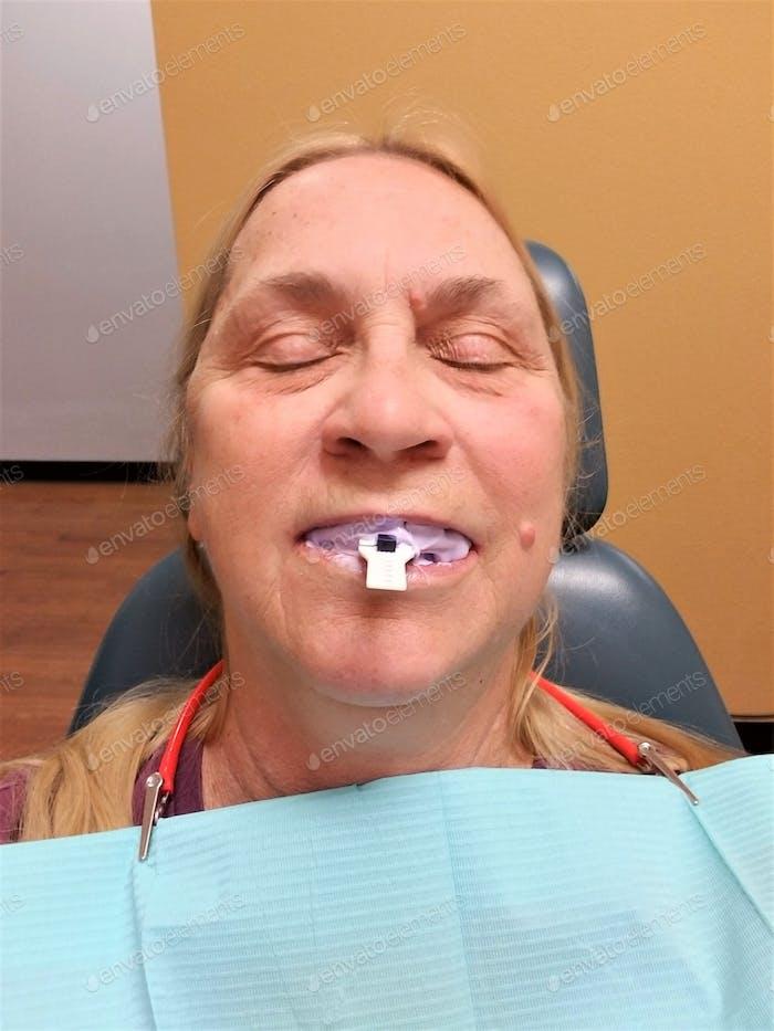 Mundpflege! Zahnheilkunde!