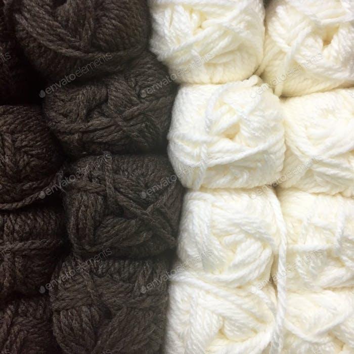 Thread wool