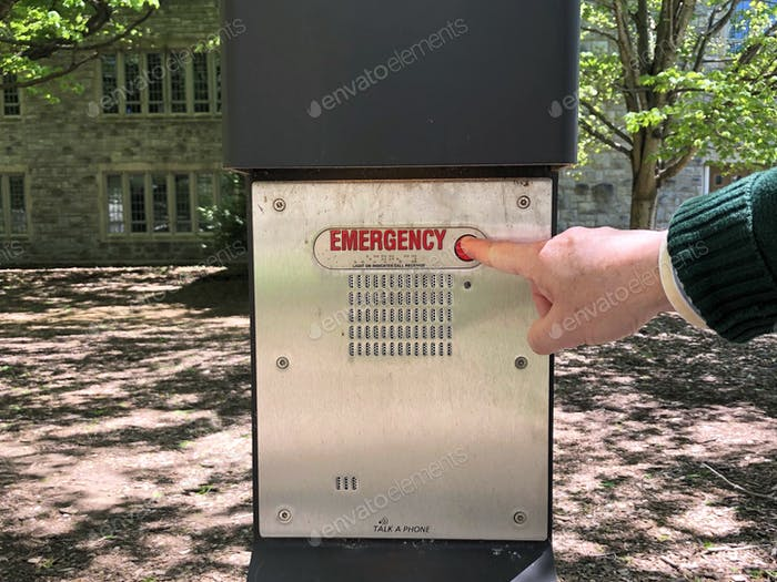 Notfall-Panik-Tasten sind in den meisten College-Campus und öffentlichen Orten installiert.
