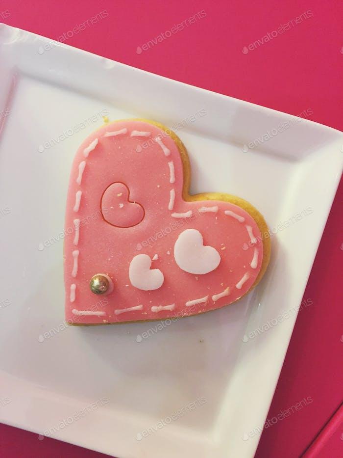 • biscuit •