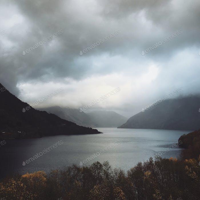 Norwegen...