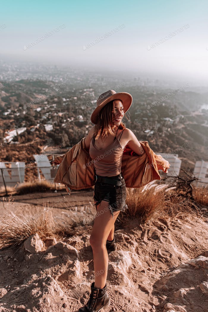 Hollywood sign outfit