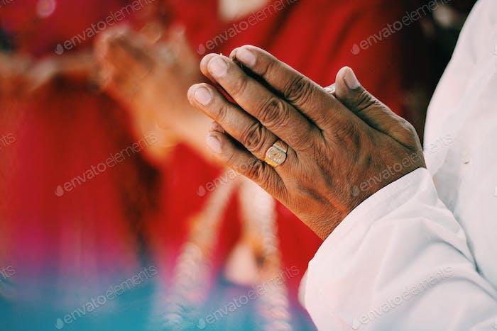 Hindu worship and faith