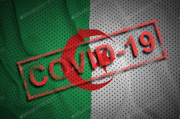 Algerien-Flagge und roter Covid-19-Stempel. Konzept des Coronavirus 2019-nCoV-Ausbruchs